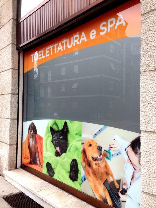pubblicità su vetrine